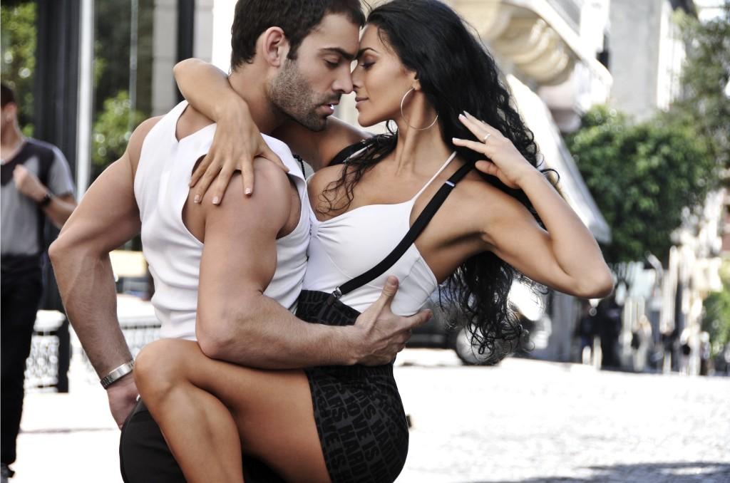 pareja-bailando-1024x678